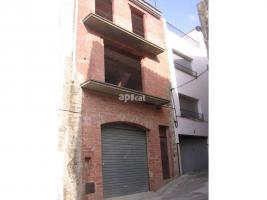New home - Flat in, 45 m², 3 bedrooms