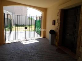 Pis, 148.00 m², 3 chambres