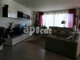 New home - Houses in, 460 m², near bus and train, new