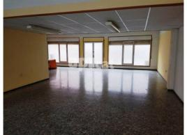 Lloguer local comercial, 140 m²