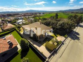 Houses (villa / tower), 454.96 m², del Serrat