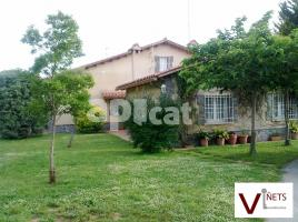 Houses (villa / tower), 441.00 m²