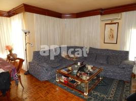 Flat, 195.00 m², near bus and train