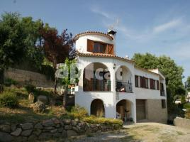 Houses (villa / tower), 135.00 m²