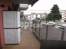 Flat, 35.00 m², almost new