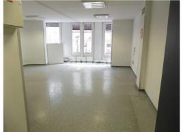 For rent office, 42 m², centre