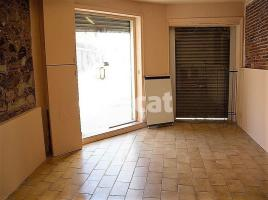 Houses (detached house), 115 m², close to bus and metro
