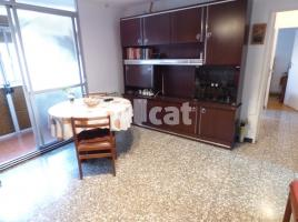 For rent flat, 65 m², near bus and train