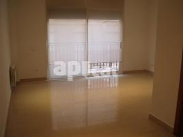For rent apartament, 46.00 m², near bus and train, almost new