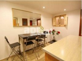 Flat, 60 m², close to bus and metro