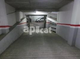 Parking, 28.00 m², de Castella