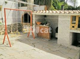 Houses (villa / tower), 381.00 m², Airesol