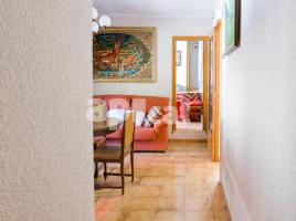 Flat, 109 m², near bus and train