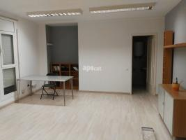 For rent office, 30.00 m², Francesc Layret