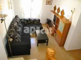 For rent flat, 90 m², near bus and train, almost new