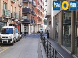 Lloguer local, 215.00 m², Casc Antic