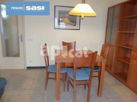 For rent flat, 66 m², near bus and train